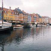 En story, on vous a d'abord annoncé une bonne nouvelle, ensuite on vous a emmené avec nous, en vélo à travers la ville de Copenhague ! Vous avez aimé ? On continue ... 💚