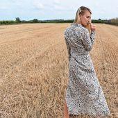 On se rappelle la robe Wisely, ce modèle a eu tant de succès qu'il est sold out. Sa coupe épurée et ses imprimés ont su vous séduire online et lors du pop-up store ! ⠀ La nouvelle collection @secondfemale arrive !
